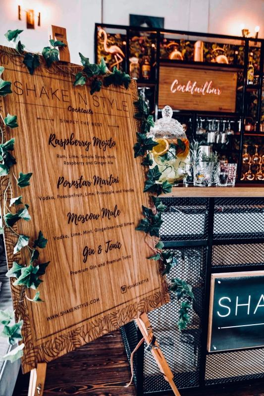 Cocktail bar met gepersonaliseerd cocktail menu