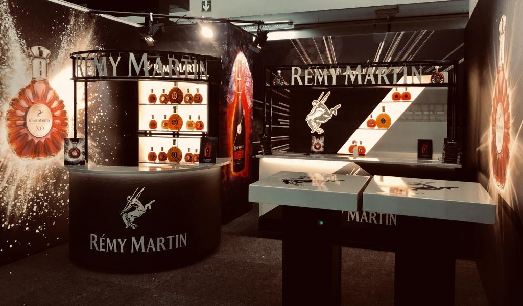 Stand ontwikkeld door shakenstyle voor een brand activation van remy martin
